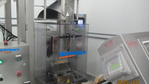 pet food, popcorn, food processing, packaging, processing, VFFS, Form fill seal,