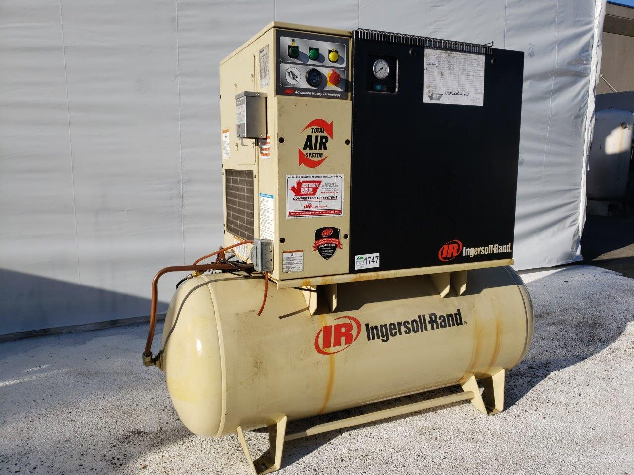 Ingersoll Rand Rotary Screw Air Compressor With Air Dryer